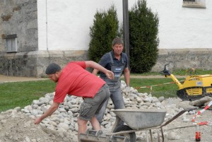 Dorfplatz-Umgestaltung